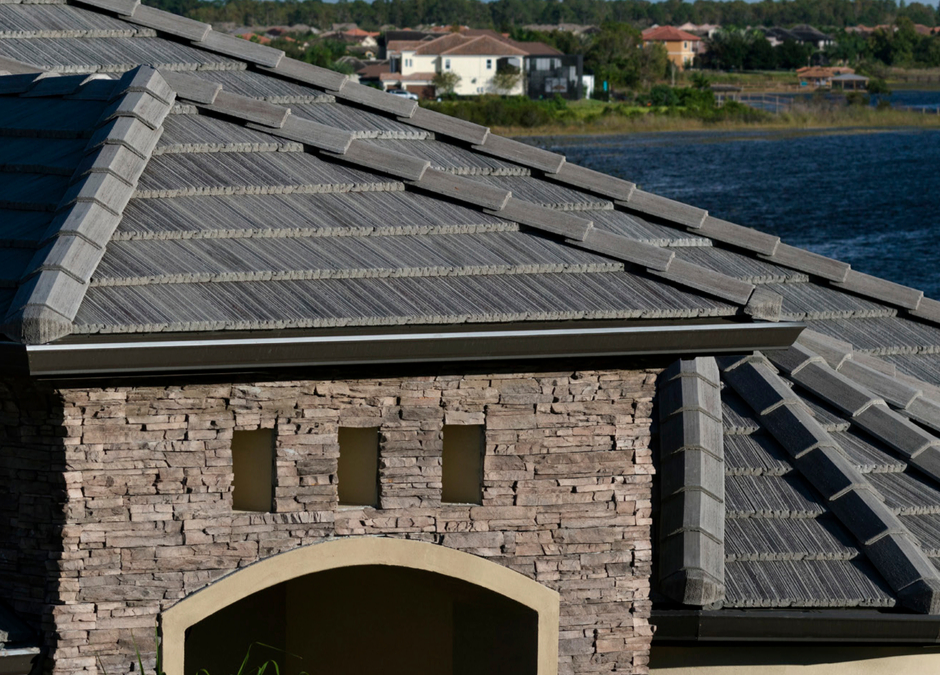 What is the Best Roofing Material for Warm Weather?